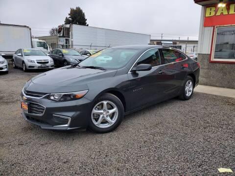 2018 Chevrolet Malibu for sale at Yaktown Motors in Union Gap WA
