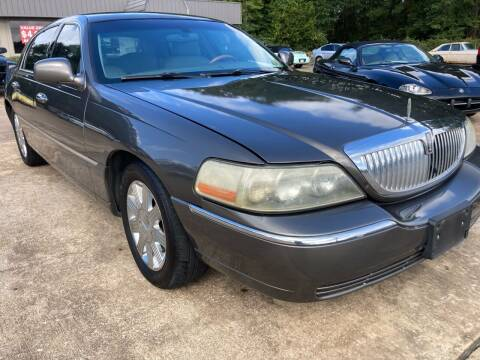 2004 Lincoln Town Car for sale at Peppard Autoplex in Nacogdoches TX