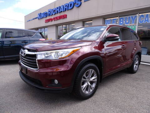 2015 Toyota Highlander for sale at KING RICHARDS AUTO CENTER in East Providence RI