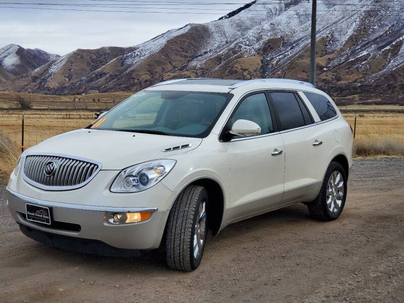 2011 Buick Enclave for sale at FRESH TREAD AUTO LLC in Springville UT