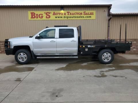 2015 Chevrolet Silverado 2500HD for sale at BIG 'S' AUTO & TRACTOR SALES in Blanchard OK