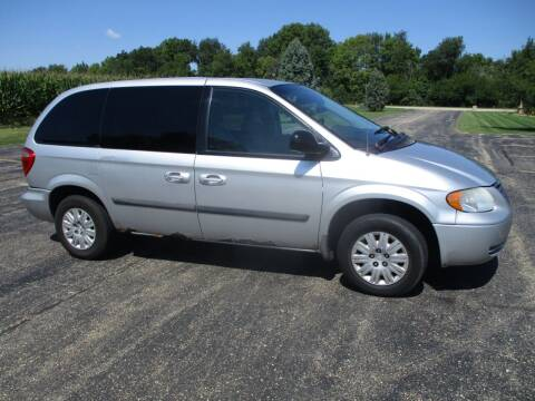 2007 Chrysler Town and Country for sale at Crossroads Used Cars Inc. in Tremont IL