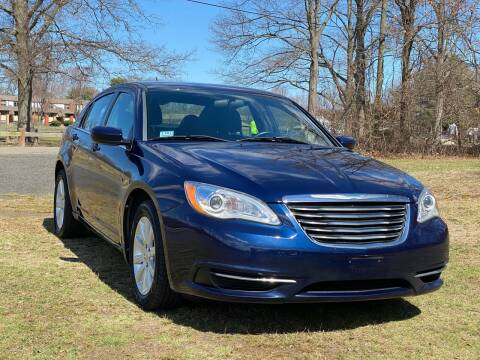 2013 Chrysler 200 for sale at Choice Motor Car in Plainville CT
