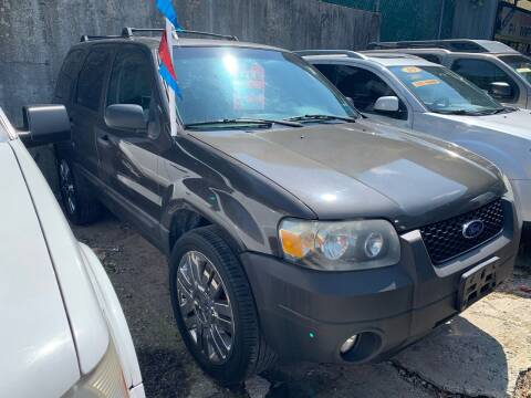 2007 Ford Escape for sale at Deleon Mich Auto Sales in Yonkers NY