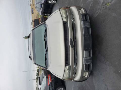 2003 Chevrolet TrailBlazer for sale at Ultimate Auto Deals DBA Hernandez Auto Connection in Fort Wayne IN
