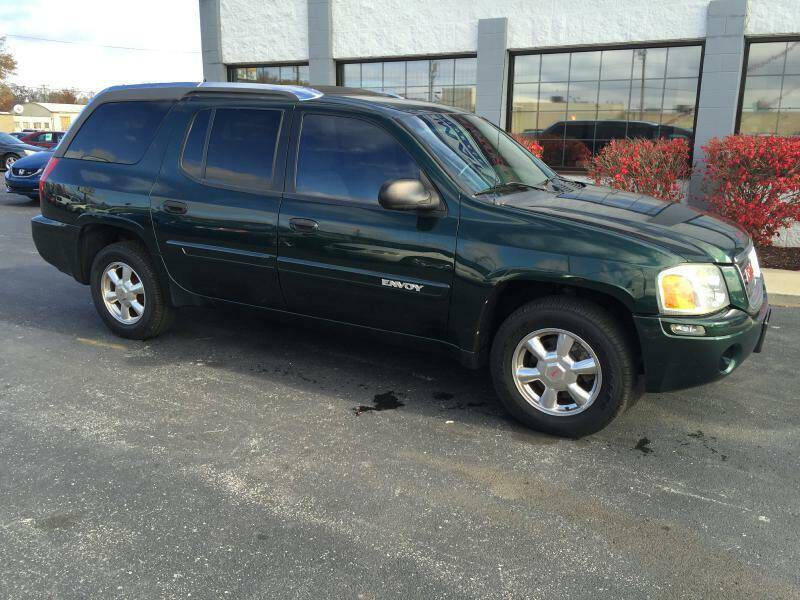 2004 GMC Envoy XUV for sale at Ultimate Auto Deals DBA Hernandez Auto Connection in Fort Wayne IN