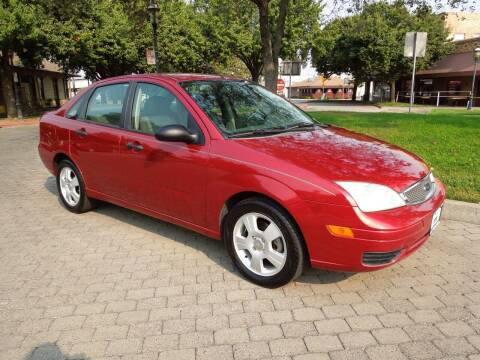 2005 Ford Focus for sale at Family Truck and Auto.com in Oakdale CA