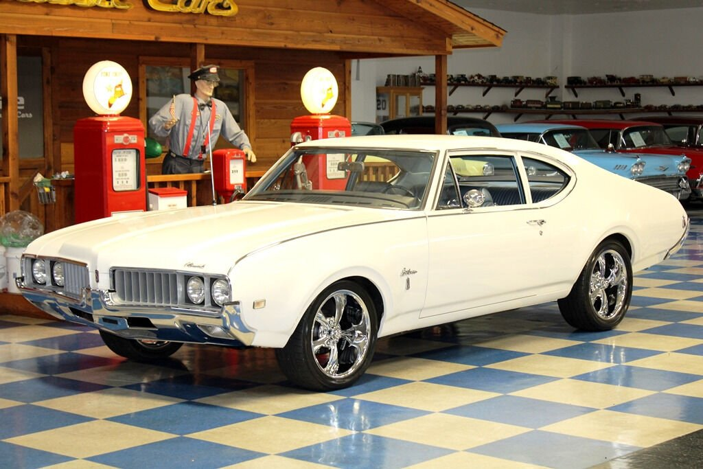 1969 Oldsmobile Cutlass 3