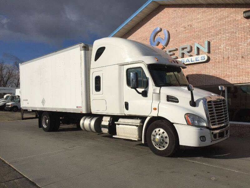 2015 Freightliner Expedited Freight Truck for sale at Western Specialty Vehicle Sales in Braidwood IL