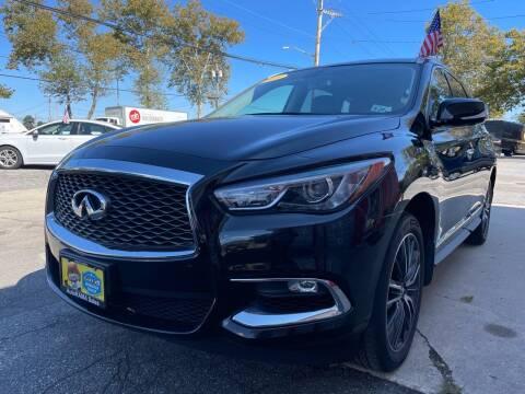 2018 Infiniti QX60 for sale at AUTORAMA SALES INC. in Farmingdale NY