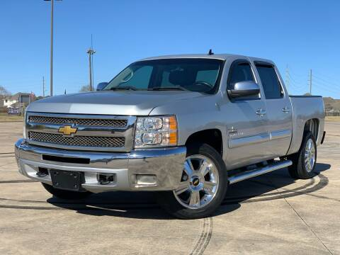 2012 Chevrolet Silverado 1500 for sale at AUTO DIRECT Bellaire in Houston TX