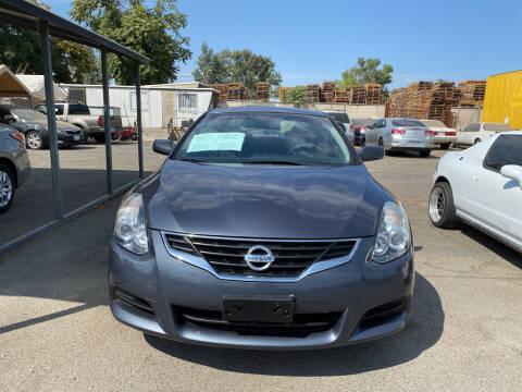 2013 Nissan Altima for sale at El Compadre Auto Plaza in Modesto CA