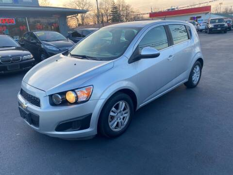 2015 Chevrolet Sonic for sale at Wise Investments Auto Sales in Sellersburg IN