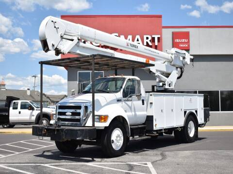 2006 Ford F-750 Super Duty for sale at Trucksmart Isuzu in Morrisville PA