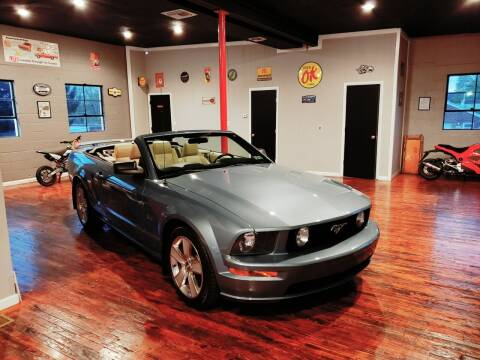 2005 Ford Mustang for sale at Hackler & Son Used Cars in Red Lion PA