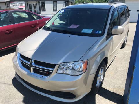 2013 Dodge Grand Caravan for sale at RACEN AUTO SALES LLC in Buckhannon WV