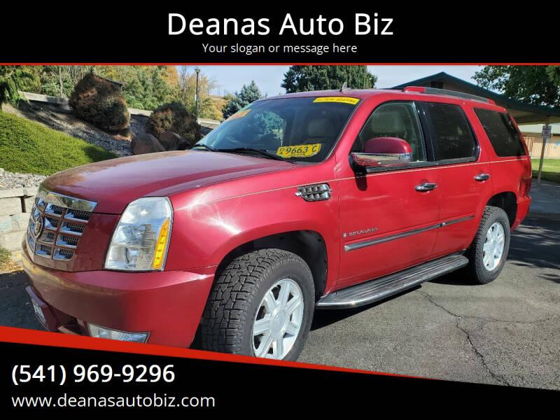 2007 Cadillac Escalade for sale at Deanas Auto Biz in Pendleton OR
