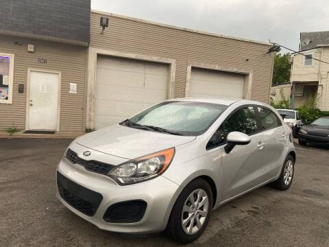 2014 Kia Rio 5-Door for sale at Global Auto Finance & Lease INC in Maywood IL