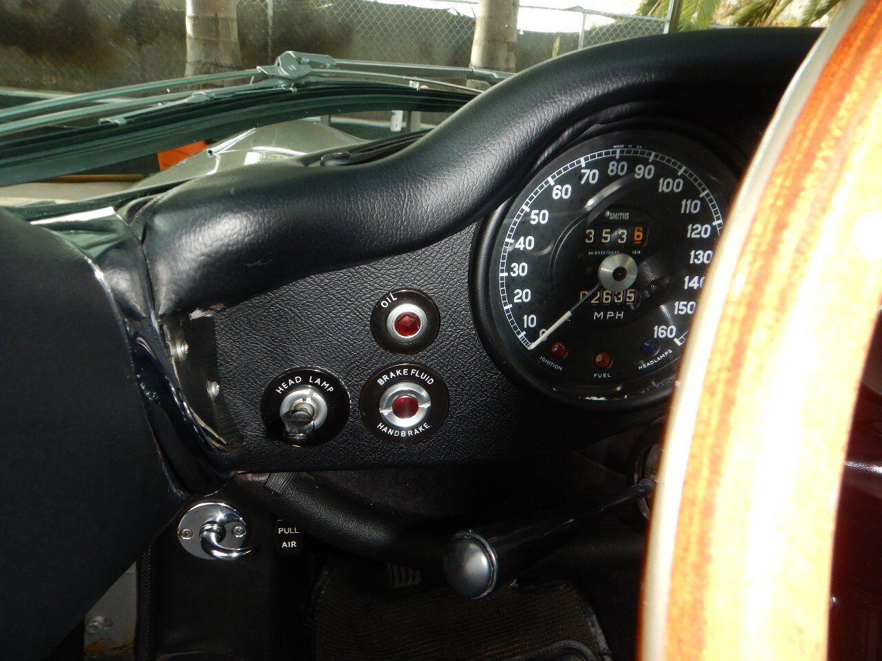1973 Jaguar XKE 50