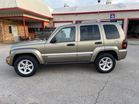 2005 Jeep Liberty for sale at JENTSCH MOTORS in Hearne TX