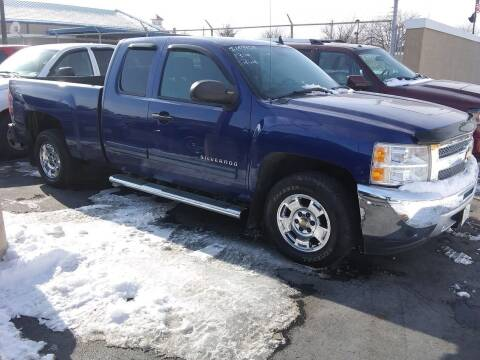 2013 Chevrolet Silverado 1500 for sale at Village Auto Outlet in Milan IL