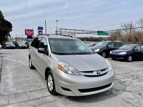 2007 Toyota Sienna for sale at AZ AUTO in Carlisle PA