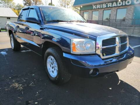 2006 Dodge Dakota for sale at KRIS RADIO QUALITY KARS INC in Mansfield OH