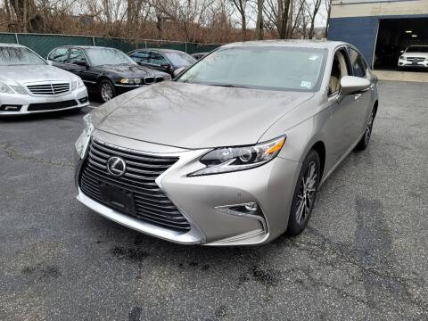 2016 Lexus ES 350 for sale at AW Auto & Truck Wholesalers  Inc. in Hasbrouck Heights NJ