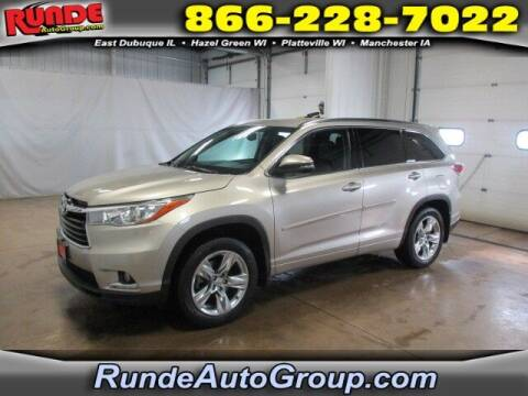 2015 Toyota Highlander for sale at Runde Chevrolet in East Dubuque IL