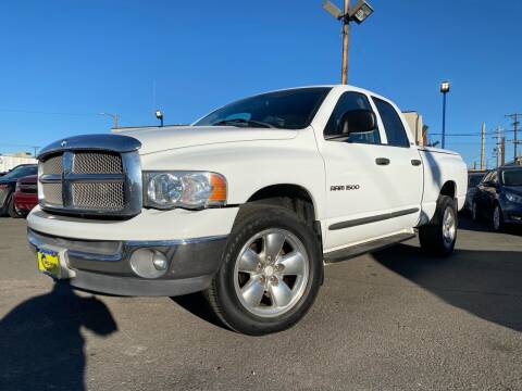 2002 Dodge Ram Pickup 1500 for sale at New Wave Auto Brokers & Sales in Denver CO