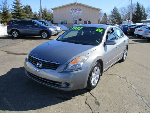 2008 Nissan Altima for sale at Richfield Car Co in Hubertus WI