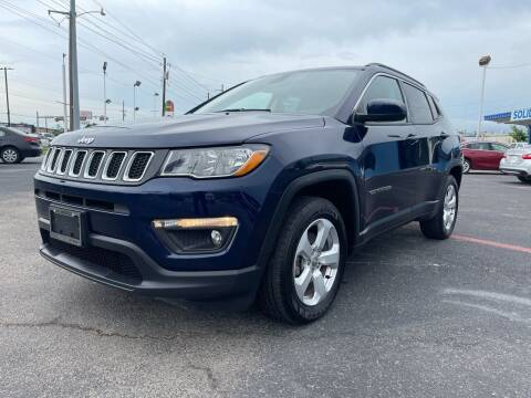 2018 Jeep Compass for sale at SOLID MOTORS LLC in Garland TX