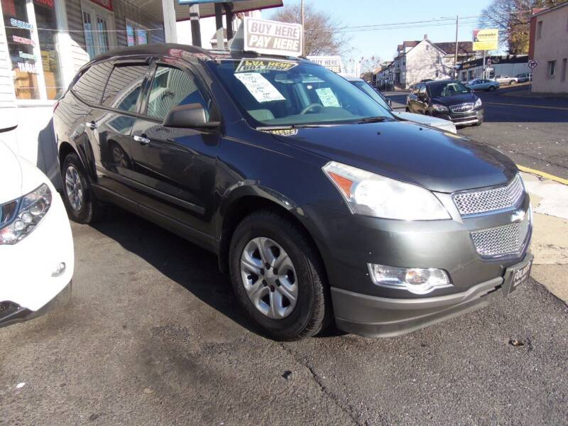 2010 Chevrolet Traverse LS 4dr SUV - Easton PA
