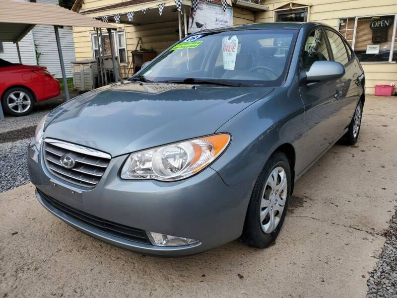 2009 Hyundai Elantra for sale at Auto Town Used Cars in Morgantown WV