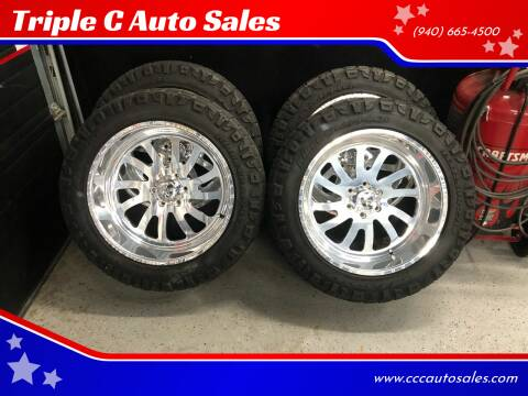 American Force 22x12 Nitto Ridge Grap. 35x12.50x22 for sale at Triple C Auto Sales in Gainesville TX