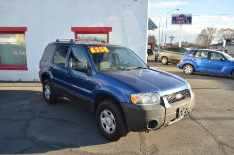 2007 Ford Escape for sale at CARGILL U DRIVE USED CARS in Twin Falls ID