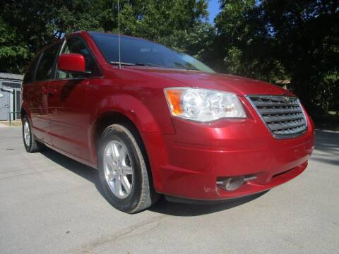 2008 Chrysler Town and Country for sale at Thornhill Motor Company in Lake Worth TX
