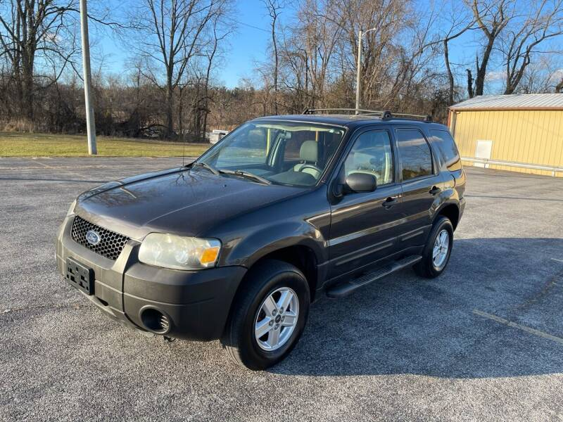2006 Ford Escape for sale at Jackie's Car Shop in Emigsville PA