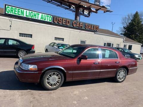 2004 Lincoln Town Car for sale at Green Light Auto in Sioux Falls SD