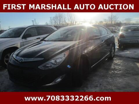 2013 Hyundai Sonata Hybrid for sale at First Marshall Auto Auction in Harvey IL