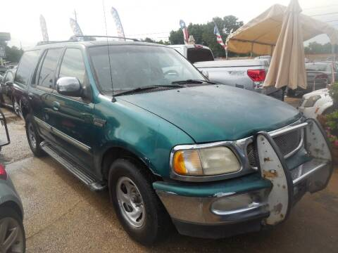 1998 Ford Expedition for sale at SCOTT HARRISON MOTOR CO in Houston TX