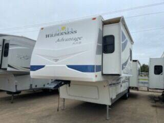 2006 Fleetwood Wilderness Advantage 365BS for sale at Buy Here Pay Here RV in Burleson TX