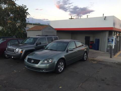 2005 Nissan Altima for sale at QUEST MOTORS in Englewood CO