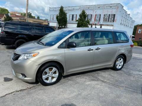 2015 Toyota Sienna for sale at East Main Rides in Marion VA