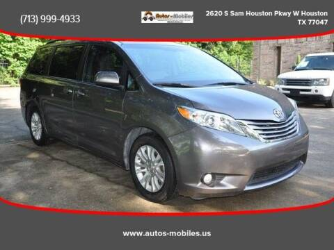 2015 Toyota Sienna for sale at AUTOS-MOBILES in Houston TX