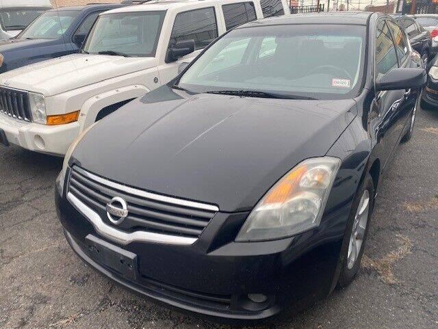 2009 Nissan Altima for sale at Auto Legend Inc in Linden NJ