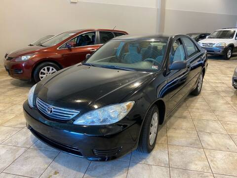 2005 Toyota Camry for sale at Super Bee Auto in Chantilly VA
