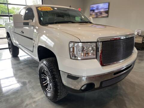 2009 GMC Sierra 2500HD for sale at Crossroads Car & Truck in Milford OH