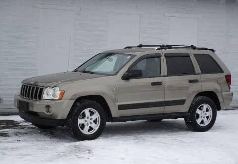 2005 Jeep Grand Cherokee for sale at Kohmann Motors & Mowers in Minerva OH