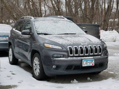 2016 Jeep Cherokee for sale at Park Place Motor Cars in Rochester MN